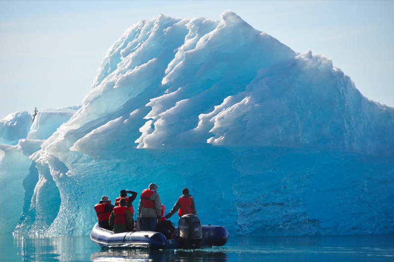 Exploring icebergs on a skiff. Image: Un-Cruise Adventures