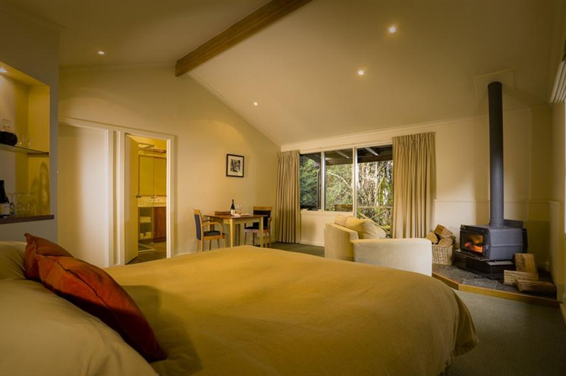 Inside a Lodge Spa Suite. Image: Peppers Cradle Mountain Lodge.
