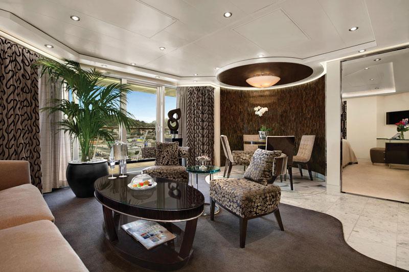 oClass Oceania Suite Living Room