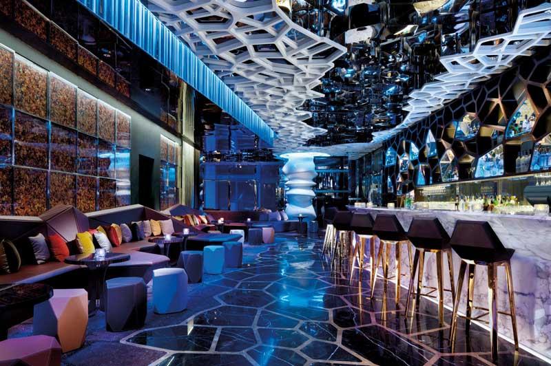 OZONE Sky Bar, Ritz Carlton Hong Kong (image courtesy of ritzcarlton.com)