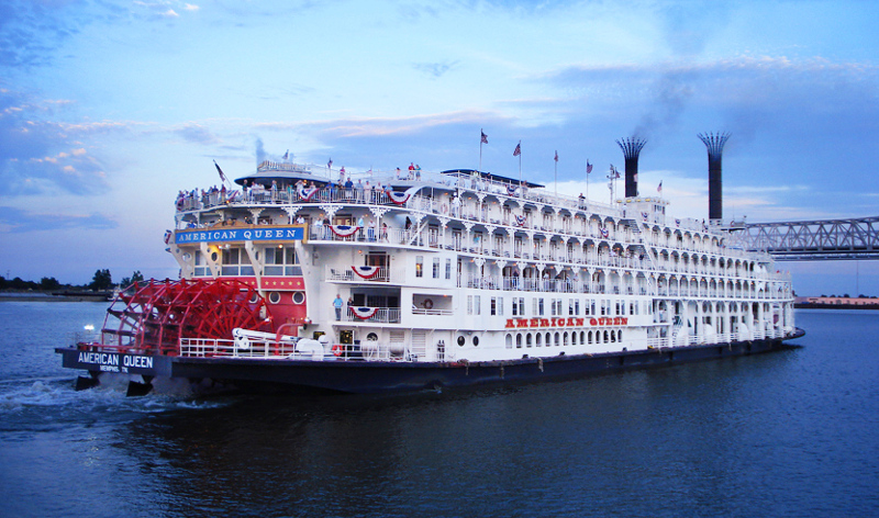 American Queen paddlesteamer