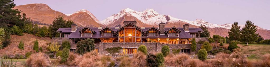 1_Luxury-Lodges_Blog_header.jpg