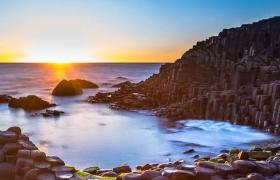 giants causeway sunset ireland