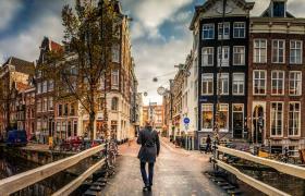 Amsterdam like a local