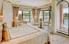A gorgeous suite at the Belmond Hotel Cipriani in Venice